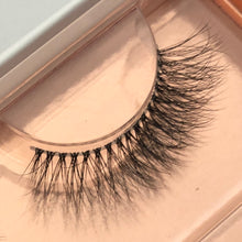 Load image into Gallery viewer, Made for More Lashes Starter Set - Girl Next Door Lashes - SALE PRICE