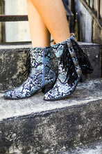 Load image into Gallery viewer, TURQUOISE SNAKE SKIN BOOTIES