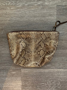 Totem Metallic Snake Clutch