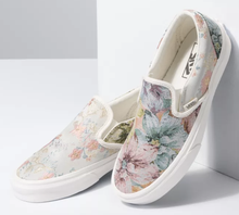 Load image into Gallery viewer, Vans Tapestry Slip on