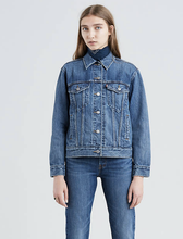 Load image into Gallery viewer, Levi's Ex Boyfriend Trucker Jacket
