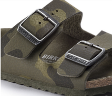 Load image into Gallery viewer, Birkenstock Arizona Desert Soil Camo