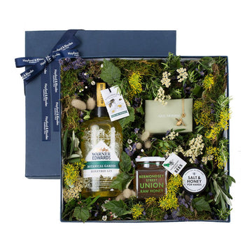 The Luxe Bee Botanical Gift Set - Hayford & Rhodes International