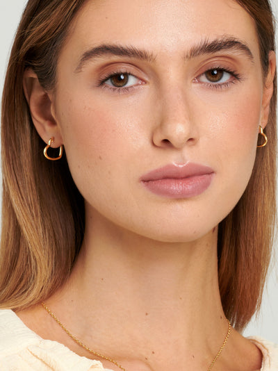 18ct Gold Heart Hoops, Small Heart Shaped Hoop Earrings, Dainty Statement Earrings (Gold Plated 925 Sterling Silver) - Muchv Jewellery