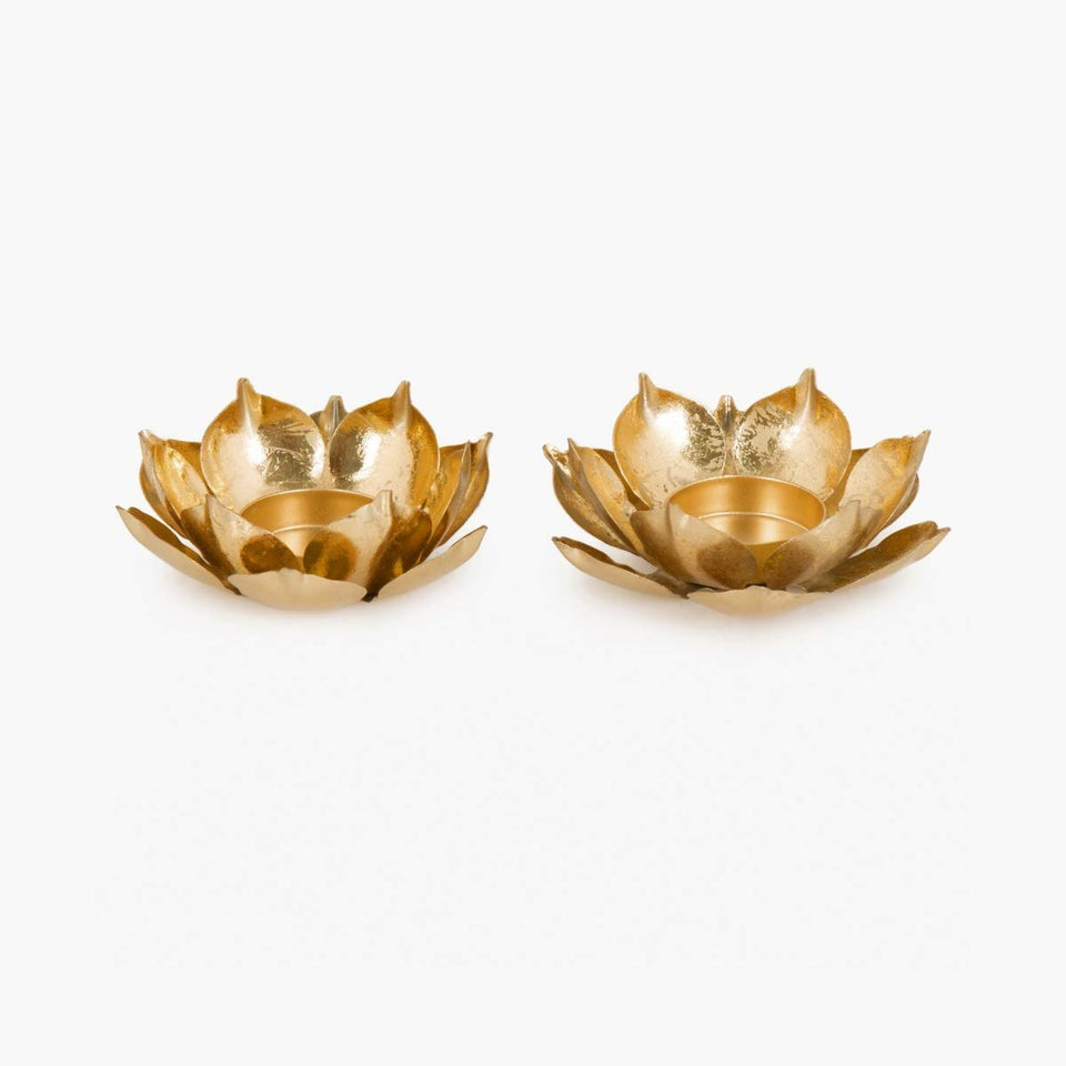 Lotus Shape Tealight Holder Gift Set of 2 - auradecor.co.in