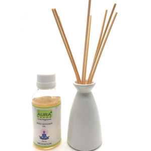 AuraDecor Reed Difffuser with a Diffuser Pot Assorted Colours & 100ml Reed Oil with 8 Reed Sticks - auradecor.co.in