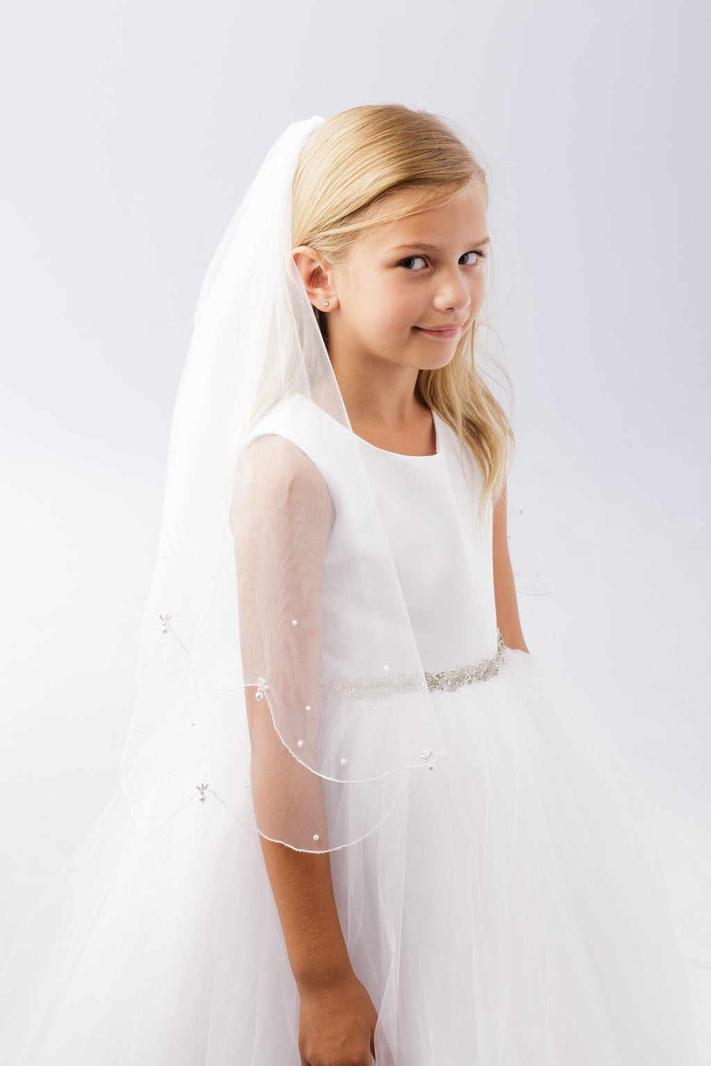 White Plain Veil with Scalloped Chord Edging and Pearl Drops