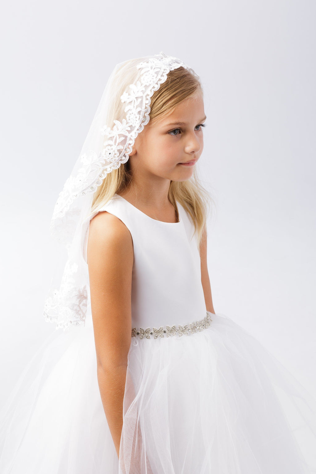 White Girl's Scalloped Floral Lace Edge Mantilla Veil