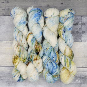 Intelligence (Everyday Sock, variegated blend) - speckled mid-tone blue, indigo, and bronze
