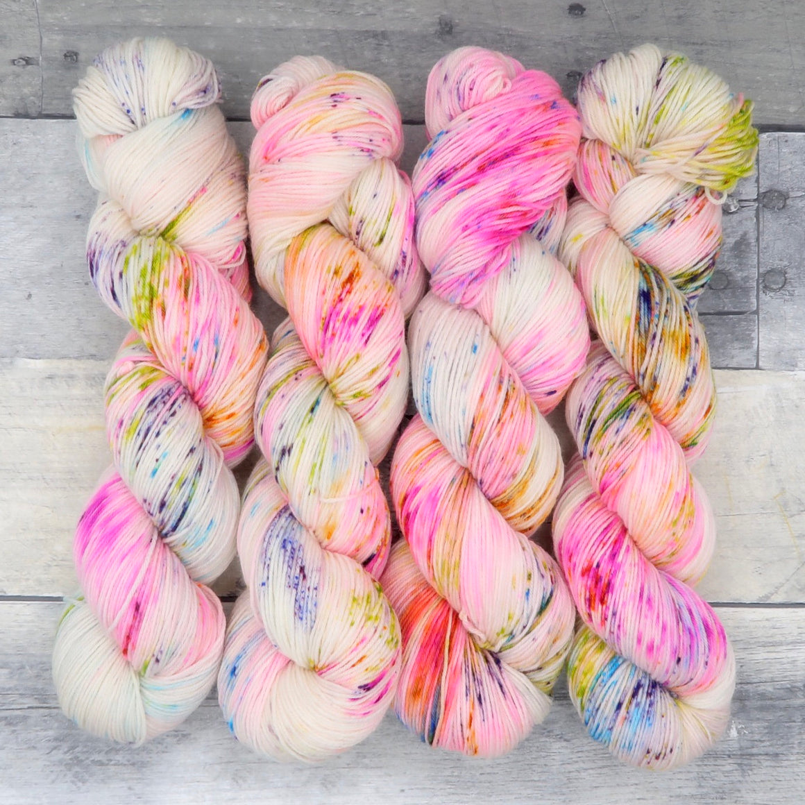 Bright-Bow - (Everyday Sock - variegated, speckle) - full fluorescent spectrum, a bright rainbow
