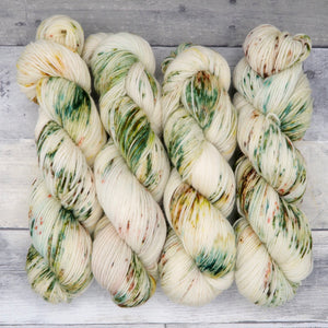 Forest of Dean (Luxe Sock, speckled)- forest green, with speckles of warm yellow and brown