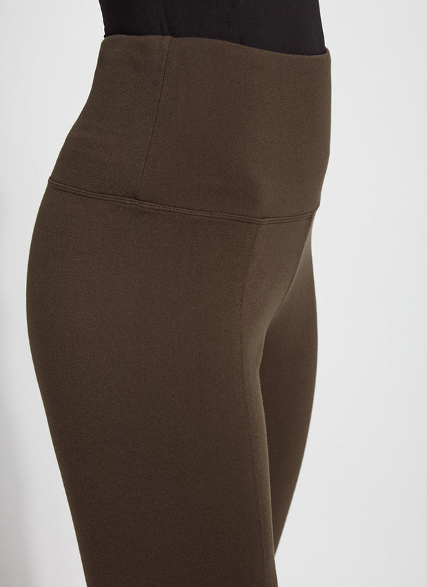 LYSSÉ: SIGNATURE  CENTER SEAM PONTE LEGGING - DEEP OLIVE
