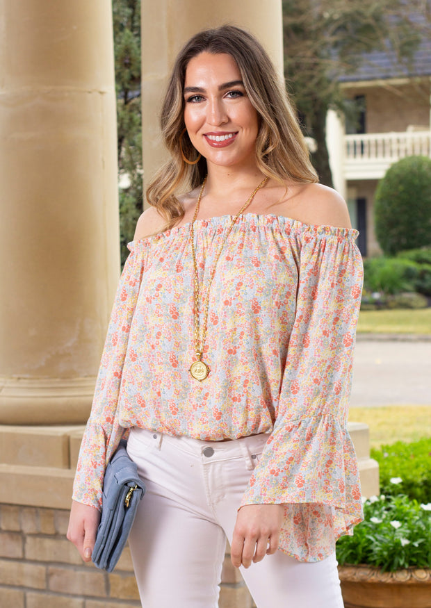 RUFFLE YOUR PETALS TOP