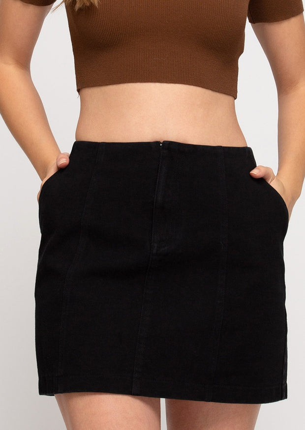 LOVE IT OR LEAVE IT BLACK SKIRT