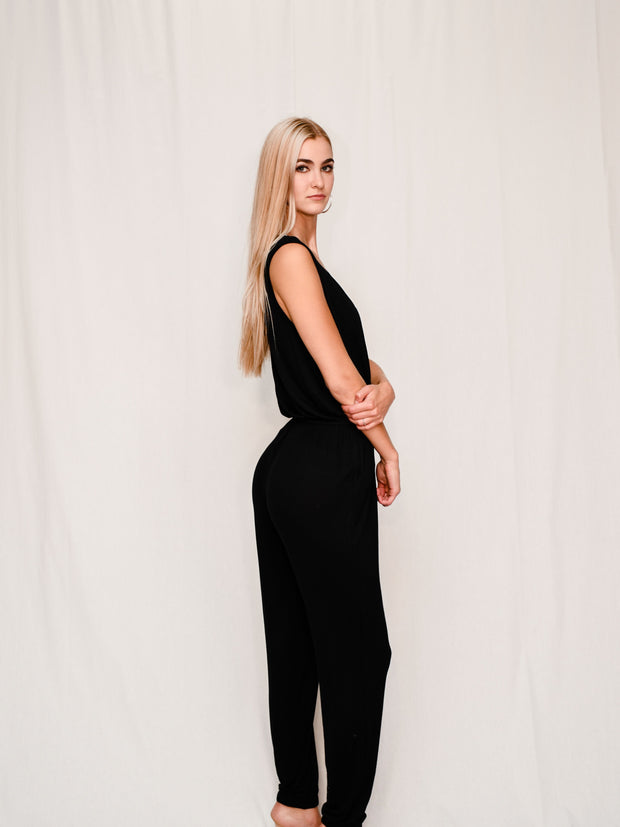 EASY PEASY JUMPSUIT - BLACK