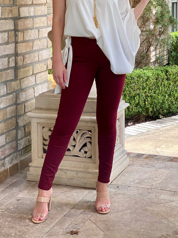 JUDY BLUE: GAME DAY SKINNY - MAROON