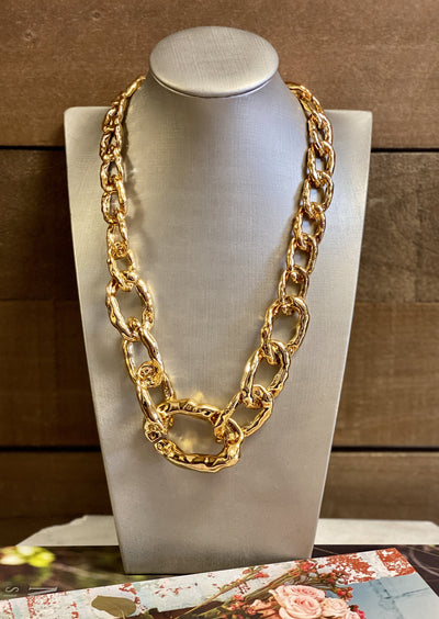 OH SO TRACIE: MC CHAIN NECKLACE