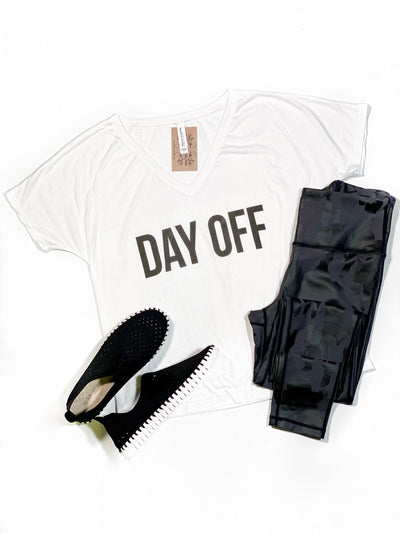 DAY OFF TEE