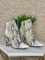 FABULOUS FANG BOOTIES