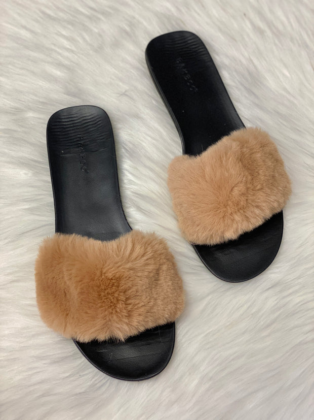 KHLOE FURRY SLIDE - CAMEL