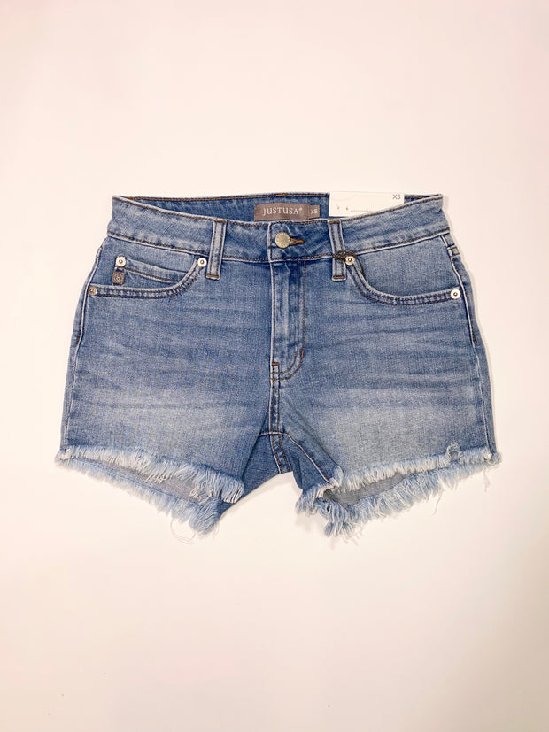 TRUE DENIM JUST USA SHORTS - LIGHT WASH