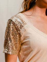 ROUND ABOUT SEQUINED TOP