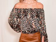 SMOOTH TALKER OFF THE SHOULDER TOP