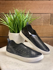 AMBER SLIP ON SNEAKER - GREY OR BLACK