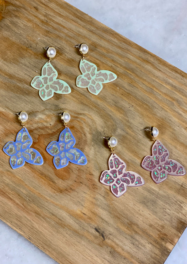 FLUTTER WITH ME STATEMENT EARRINGS