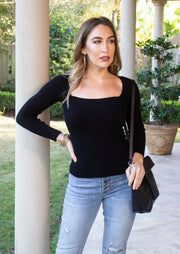 CHIC INFLUENCER RIBBED SWEATER
