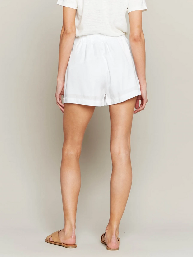 VALERIE WHITE BELTED SHORTS