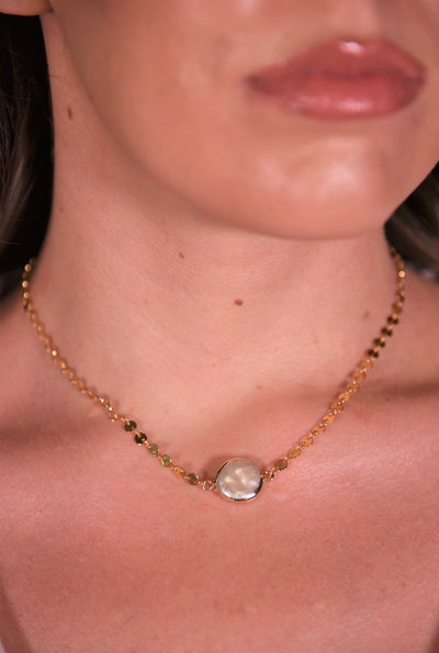 OH SO TRACIE: MADRID CHOKER - GOLD PEARL