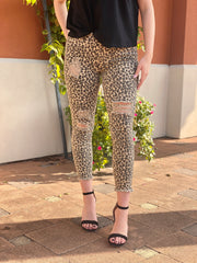 YMI: DISTRESSED LEOPARD ANKLE SKINNY