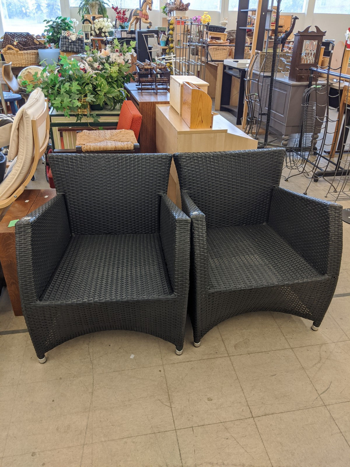 Patio chairs (2)