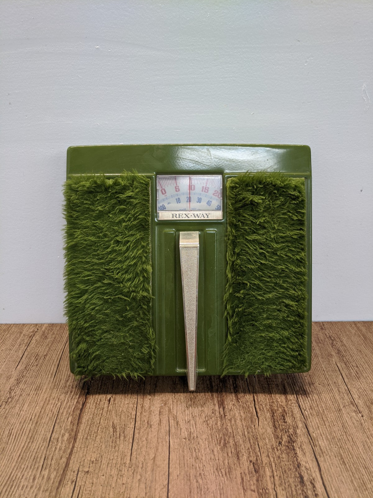 Rexway Fuzzy Green Weigh Scale