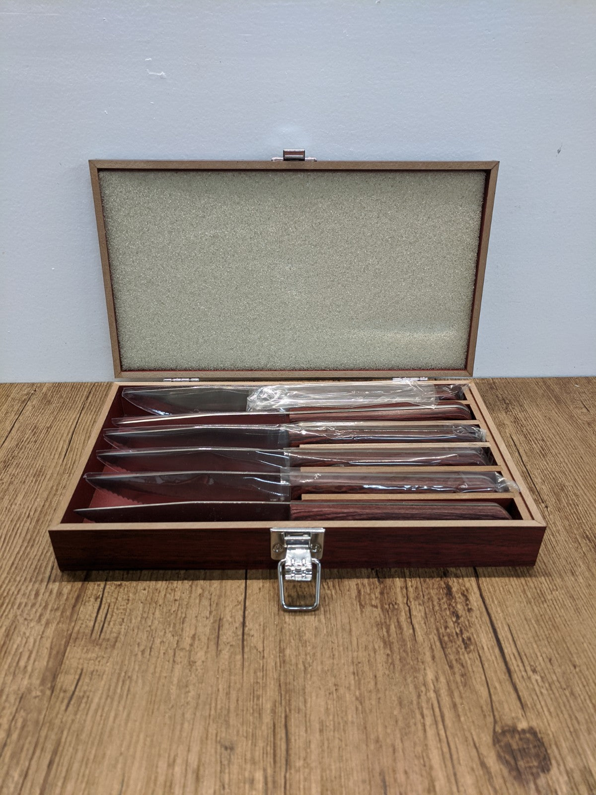(6) Stainless Steel Steak Knives with Case