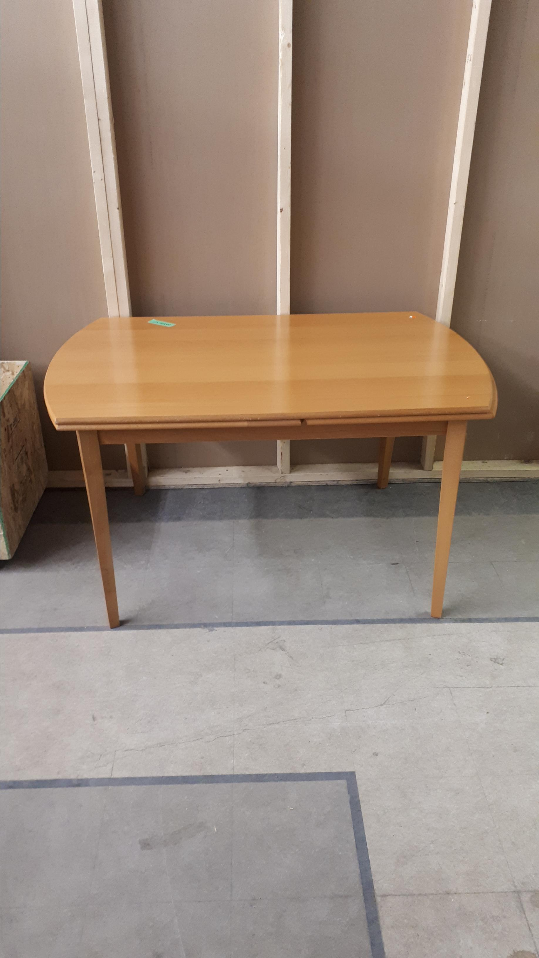 Light Wood Extendable Table