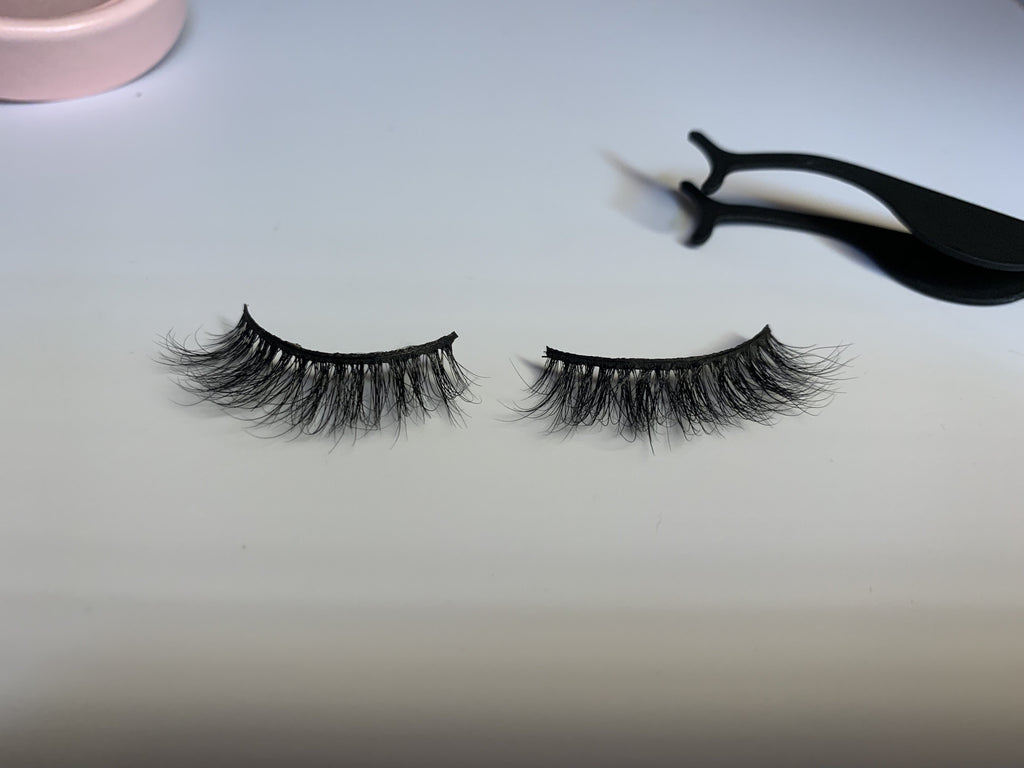 Melrose avenue. - Lyla Lashes