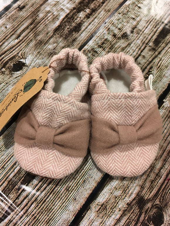 Mauve Herringbone with Bow (0-3 months)