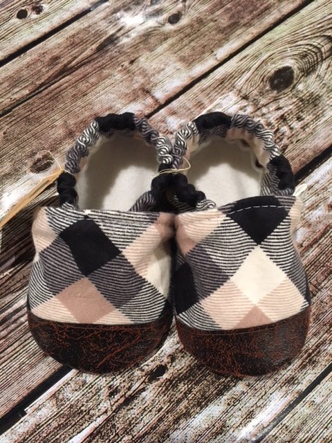 Black, White, & Tan Plaid (9-12 months)