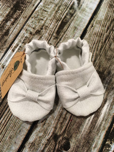 White Shimmer with Bow (9-12 months)