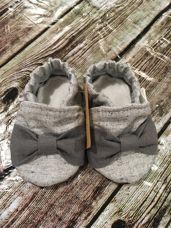 Silver Gray Shimmer with Dark Gray Bow
