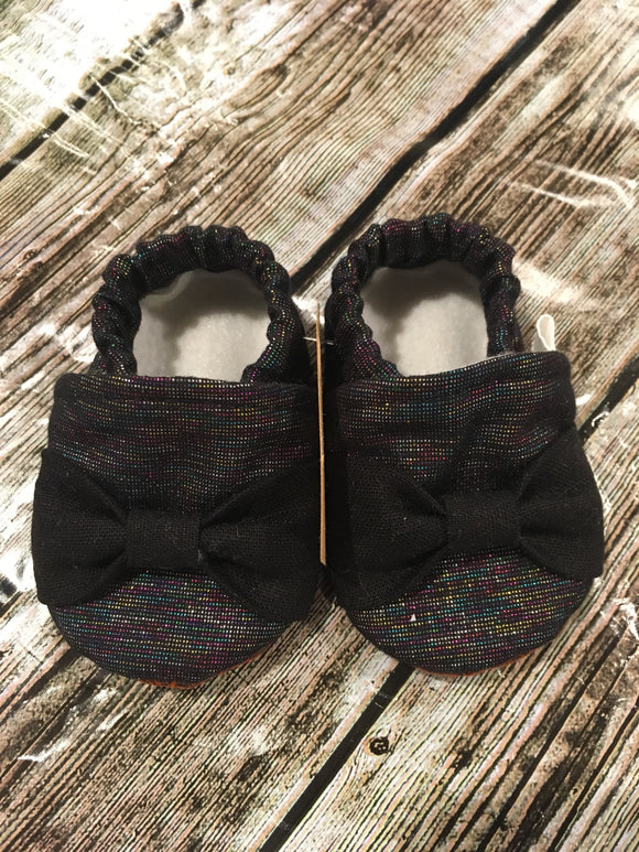 Black Rainbow Shimmer with Black Bow (3-6 months)