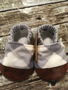 Gray white Plaid (9-12 months)