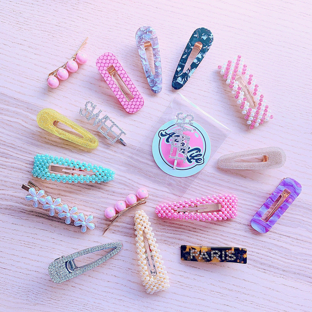 A POP LIFE  SURPRISE Hair Accessory Bag 10 Clips & 2 Headbands