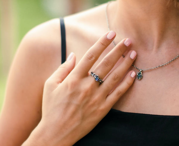 6 Ways To Find Out if Your Silver Jewelry Is Genuine