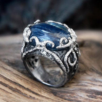 "Kyanite Ring ""Auxesia"""