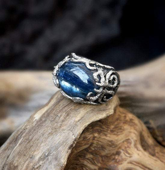"Kyanite Silver Ring ""Auxesia"""