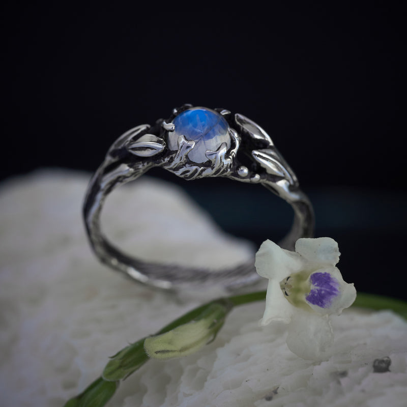 "Moonstone engagement ring ""Louise"""