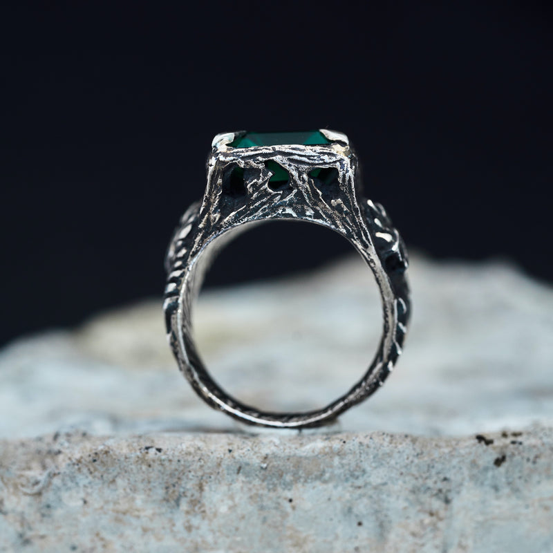 Green Quartz Mens ring Dragon